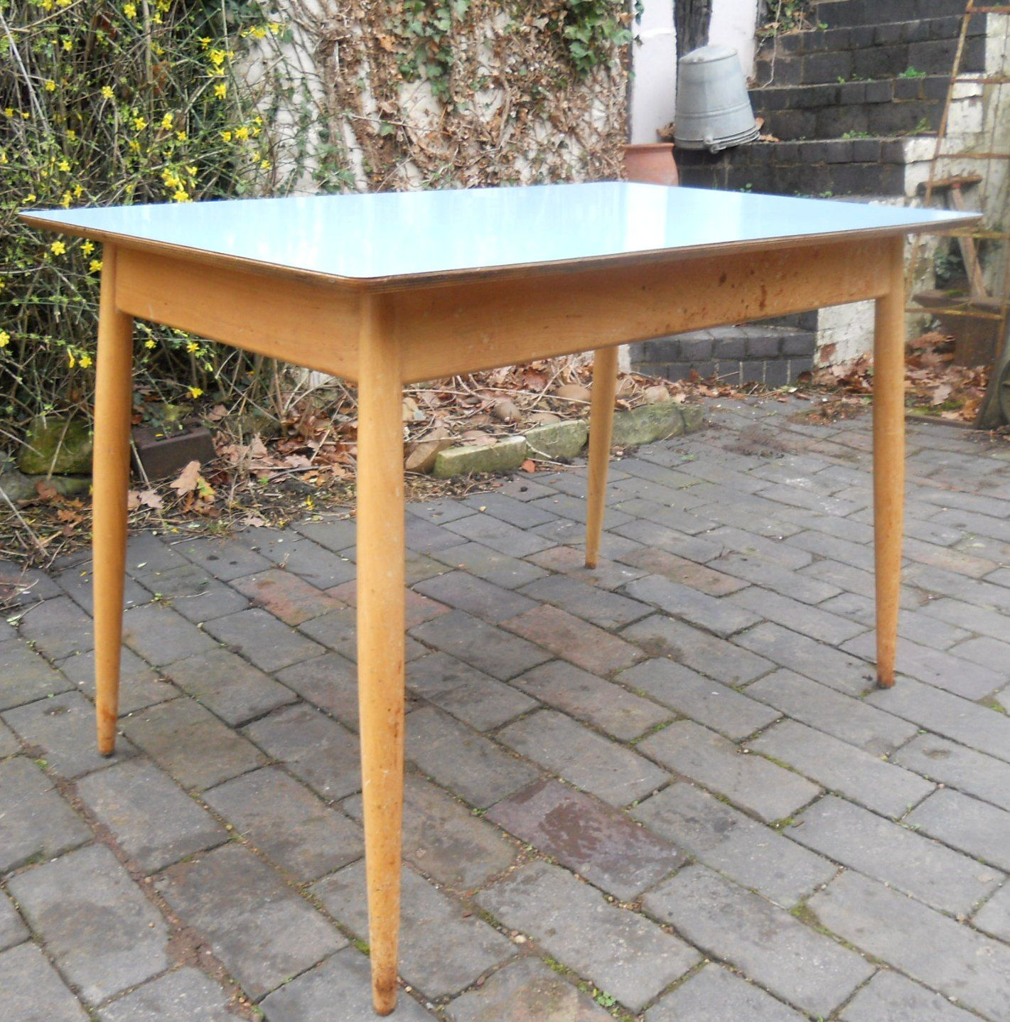 sold   retro 1960 u0027s kitchen table sold   retro 1960 s kitchen table  rh   harrisonantiquefurniture co uk